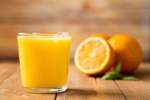 c'è un'alimentazione che protegge da Covid-19 vitamina c